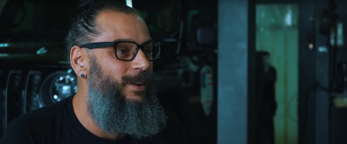 Sebastian Blokland - Eigenaar en Epische Eindbaas van Guerrilla Exhaust